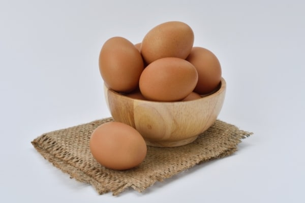 A bowl of eggs